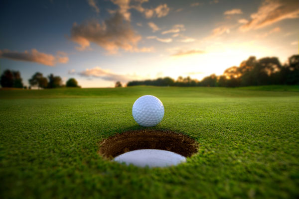 Golfing-1.jpg