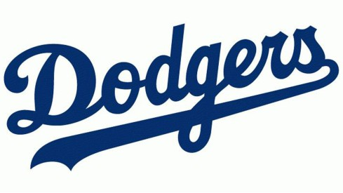 la-sp-dn-dodgers-open-kosher-food-stand-20150728.jpg