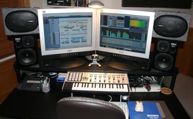 Studio-computer-7-24-2006+big.jpg