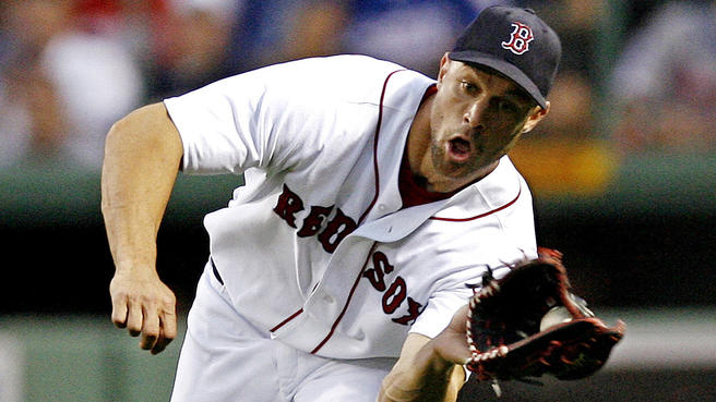 red_sox_gabe_kapler_103017.jpg